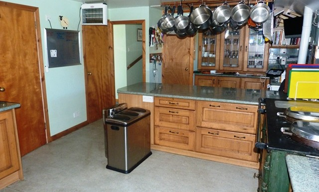 GALSON FARM - KITCHEN 4