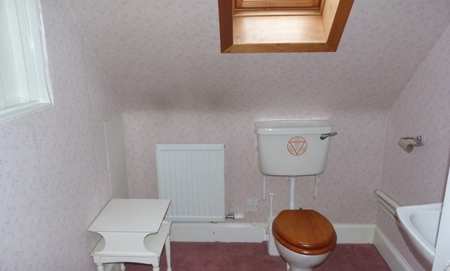 22 BAYHEAD -  THIRD FLOOR WC NEW