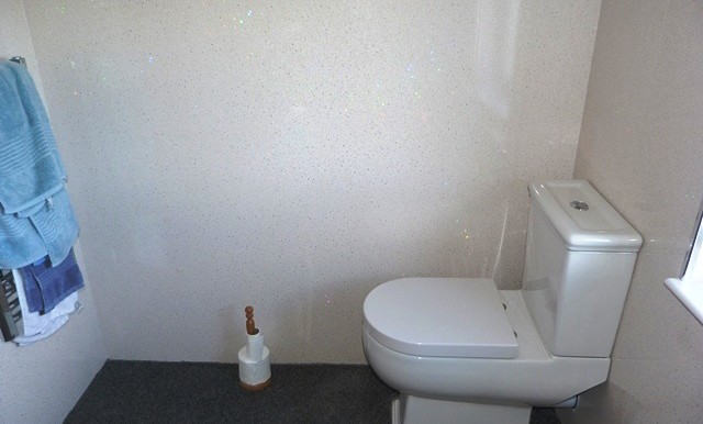 8 Garyvard  - Bathroom 2