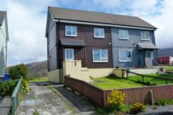 4 DUNMORE CRESCENT, LEVERBURGH, ISLE OF HARRIS HS5 3TT